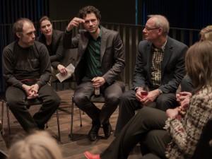 Daniel Agi/Neues Ensemble und der Komponist Nicolas Tzortzis im blind date music talk beim Konzert der Ensemble- Gesellschaft im Strawinsky Saal Donaueschingen am 5. März 2016